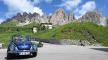 ... die Dolomiten im Hintergrund